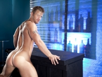 stripped-2-hard-for-the-money-jimmy-durano-jeremy-stevens-9
