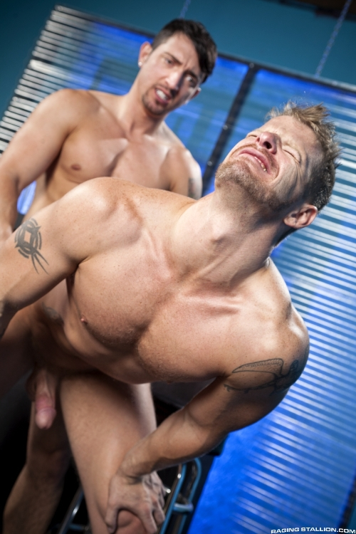 stripped-2-hard-for-the-money-jimmy-durano-jeremy-stevens-20