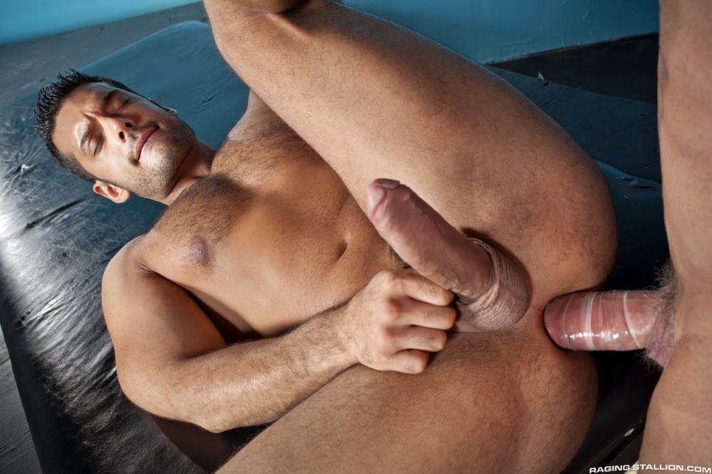 stripped-2-hard-for-the-money-marcus-ruhl-zeb-atlas-23