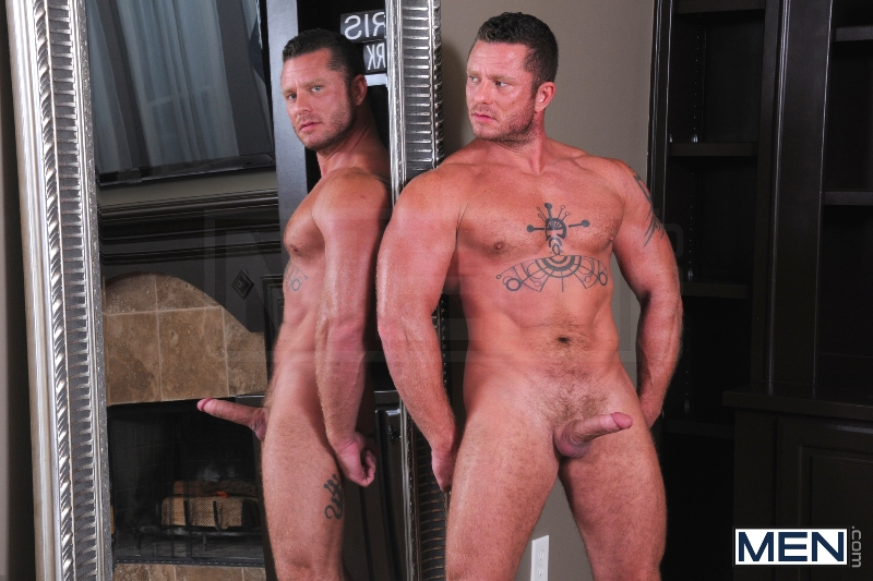 Spying On The Neighbor - Atticus Benson - Charlie Harding - Drill My Hole - Men of Gay Porn - Photo #2