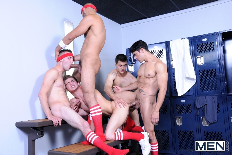 Winning Ball - Blaze - Rafael Alencar - Johnny Rapid - Leo Forte - Brad Foxx - Jizz Orgy - Men of Gay Porn - Photo #12