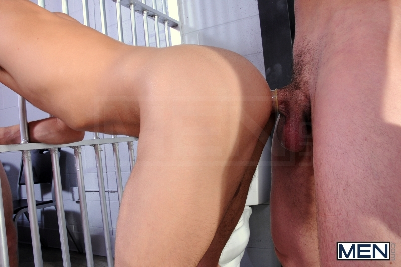 Holding Cell - Johnny Rapid - Jimmy Johnson - Jack King - Drill My Hole - Men of Gay Porn - Photo #11