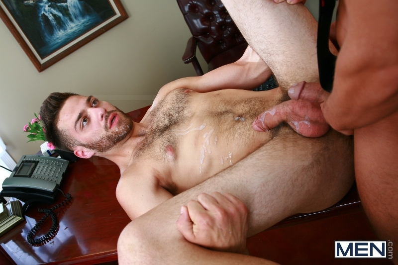 Rocco Reed's Debut - Tommy Defendi - Rocco Reed - Str8 To Gay - Men of Gay Porn - Photo #18