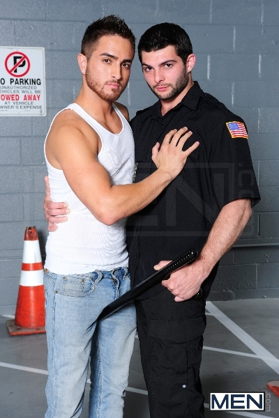 Fucked By Security - Bryce Star - Tony Paradise - Drill My Hole - Men of Gay Porn - Photo #4