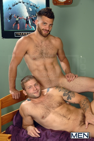 The Last Shower - Tommy Defendi - Colby Jansen - Big Dicks At School - Photo #5