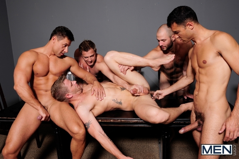 Ace Of Spades - David Chase - Luke Hass - Brenden Cage - Robert Van Damme - Jeremy Stevens - Jizz Orgy - Men of Gay Porn - Photo #5