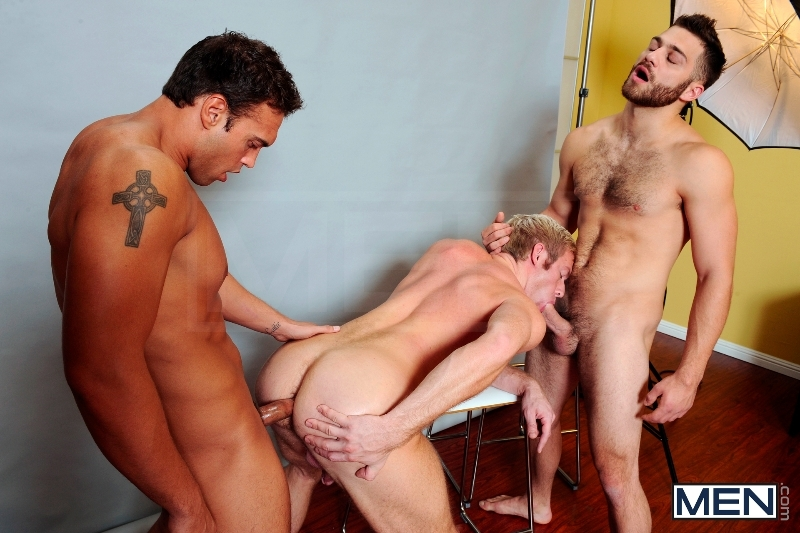 Photo Shooter - Christopher Daniels - Tommy Defendi - Rocco Reed - Drill My Hole - Men of Gay Porn - Photo #10