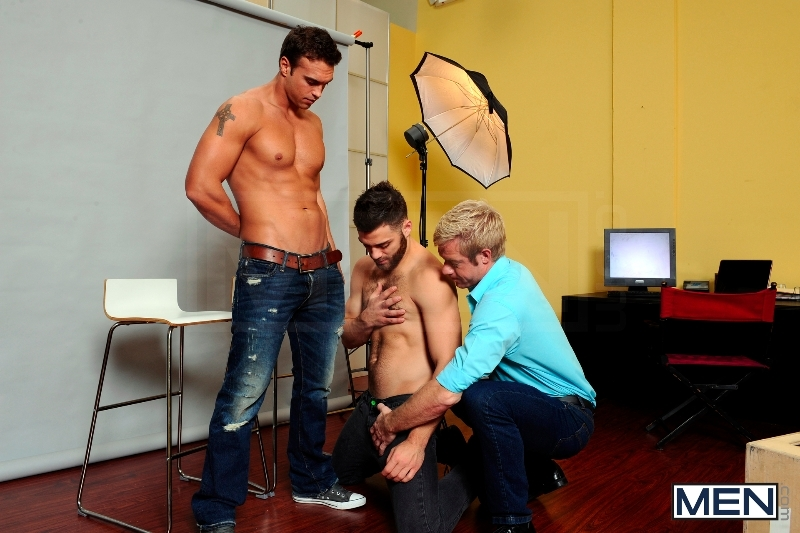 Photo Shooter - Christopher Daniels - Tommy Defendi - Rocco Reed - Drill My Hole - Men of Gay Porn - Photo #4