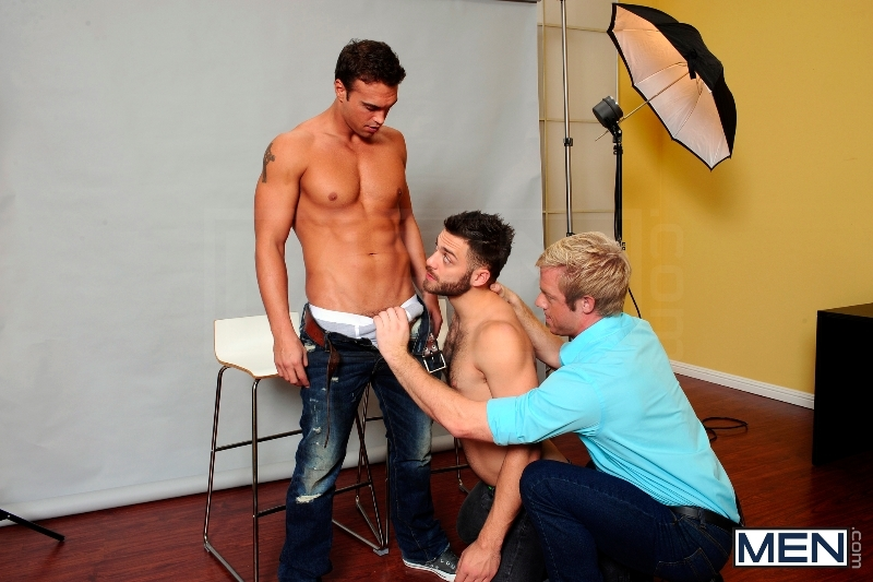 Photo Shooter - Christopher Daniels - Tommy Defendi - Rocco Reed - Drill My Hole - Men of Gay Porn - Photo #6