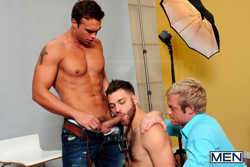 Photo Shooter - Christopher Daniels - Tommy Defendi - Rocco Reed - Drill My Hole - Men of Gay Porn - Photo #7