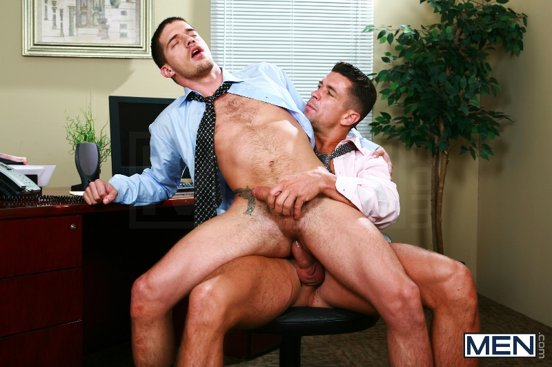 Sext In The Workplace - Trenton Ducati - Ty Roderick - The Gay Office - MEN.COM - Photo #12