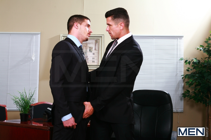 Sext In The Workplace - Trenton Ducati - Ty Roderick - The Gay Office - MEN.COM - Photo #6