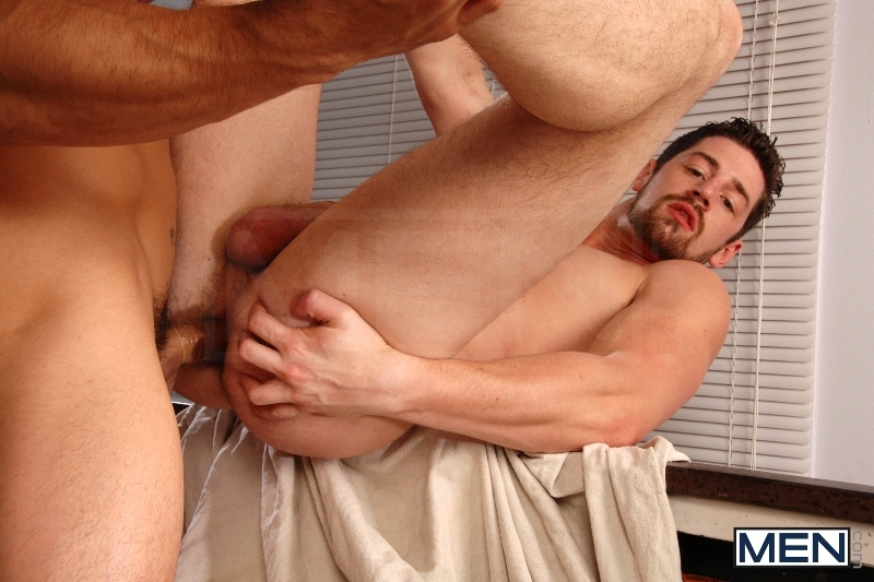 No Parking - Topher Di Maggio - Andrew Stark - Str8 To Gay - MEN.COM - Men of Gay Porn - Photo #11