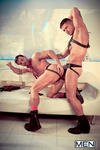 Striptease - Goran - Donato Reyes - Drill My Hole - MEN.COM - Men of Gay Porn - Photo #9
