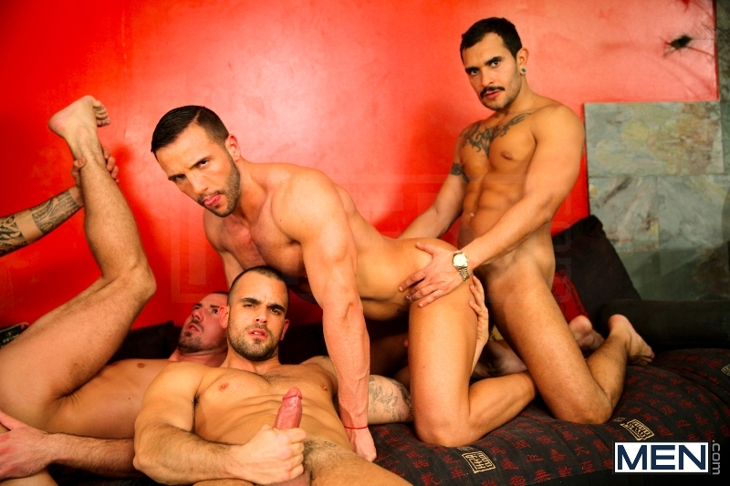 Justified - Damien Crosse - Issac Jones - Lucio Saints - Marco Sessions - Donato Reyes - Jizz Orgy - Photo #11