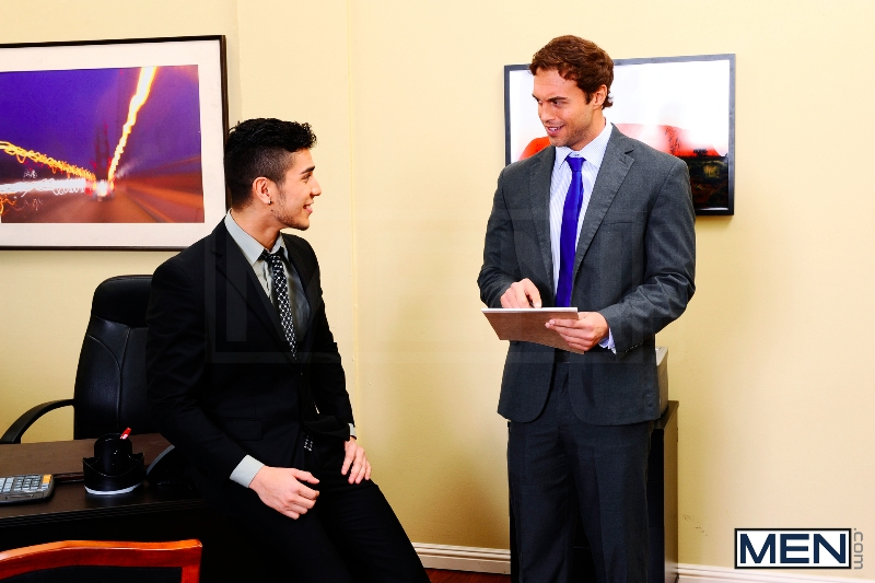 Entry Level - Rocco Reed - Lance Luciano - The Gay Office - Photo #5
