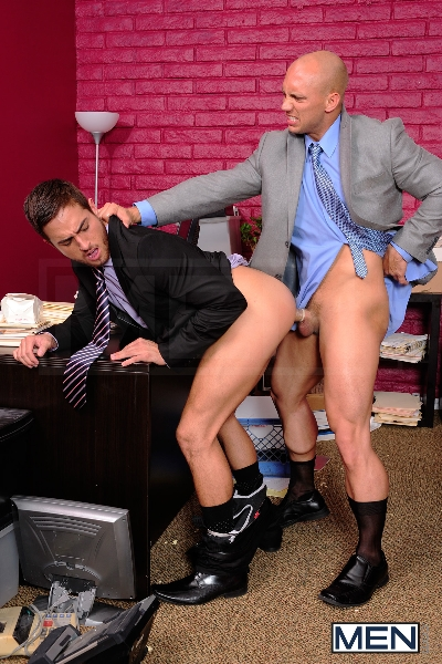 Law And Hoarder - John Magnum - Bryce Star - The Gay Office - Photo #9