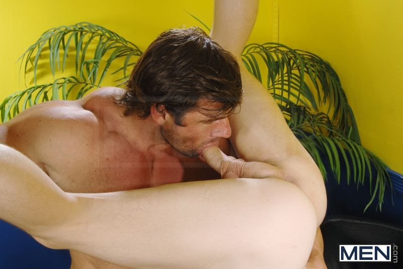 Crush On The Coach 2 - Tyler Sweet - Zeb Atlas - Big Dicks At School - Photo #5