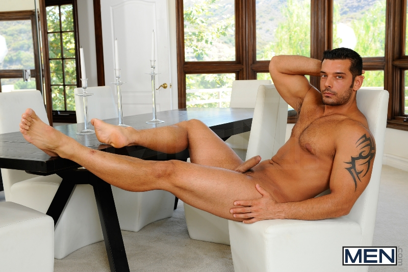 The Landscaper - Rocco Reed - Marcus Ruhl - Str8 To Gay - Photo #2