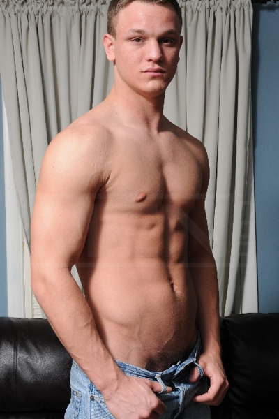 Behind The Scenes - Jake Stewart - Men - Photo #1