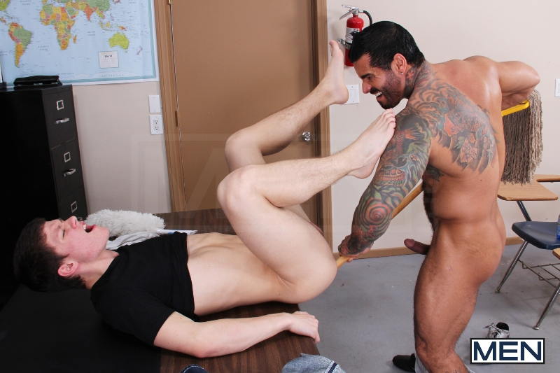Custodian's Fury - Alexsander Freitas - Tyler Sweet - Drill My Hole - Men - Photo #10